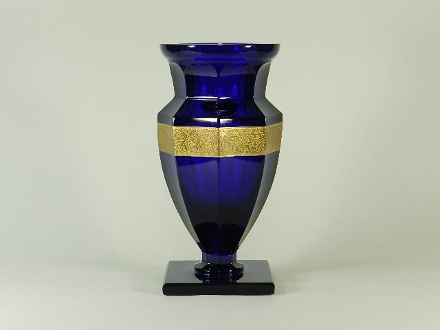 モーゼル(Moser)青ガラス 金彩人物模様 ガラス花瓶