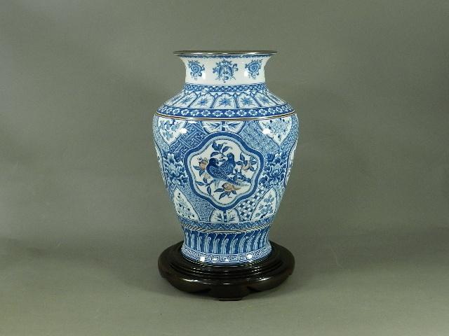 28-DSCN3218-02n-021大倉陶園 呉須 青華花鳥紋様 花瓶