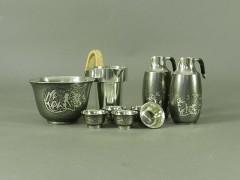 01-DSCN3948本錫 錫半製 松竹梅紋様 酒器一式
