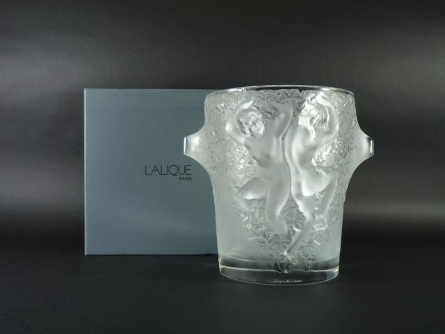 110731-02n-021ラリック(LALIQUE)美人(裸婦)ワインクーラー(花瓶 ベース)