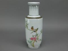 景徳鎮製 粉彩(色絵)花鳥図 花瓶