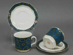 九谷焼 美山 青粒金彩 鉄仙(唐草)模様 コーヒーカップ(2客)